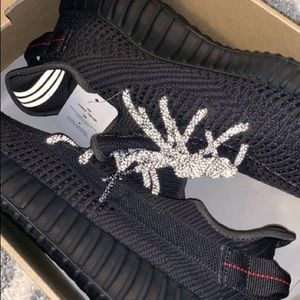 Yeezy 350 (non reflective) Size 10